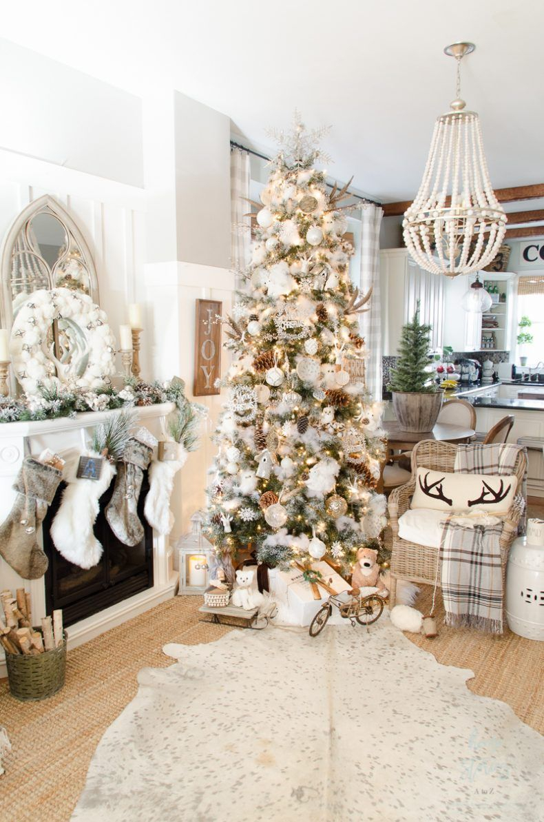 10 Tips On How To Decorate A Christmas Tree Rustic Glam Farmhouse