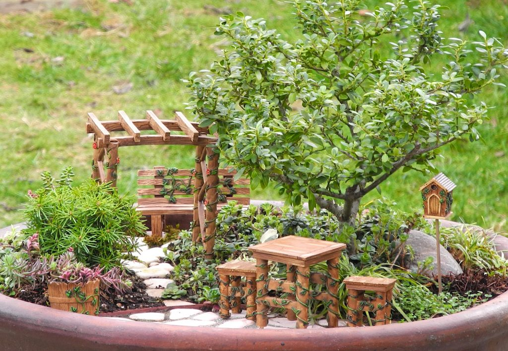1001 Ideas For Cute And Whimsical Fairy Garden Ideas