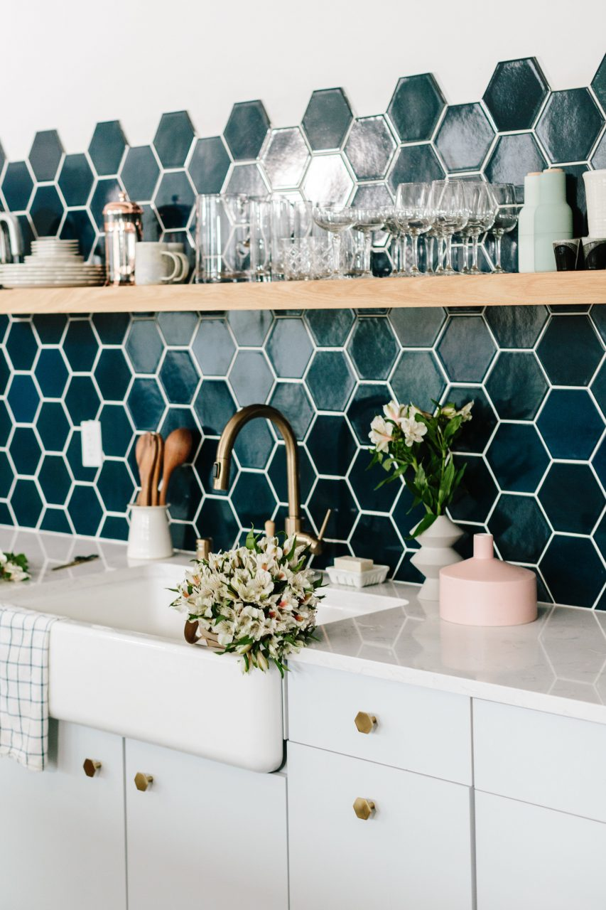 20 Kitchen Backsplash Ideas That Totally Steal The Show Homelovr