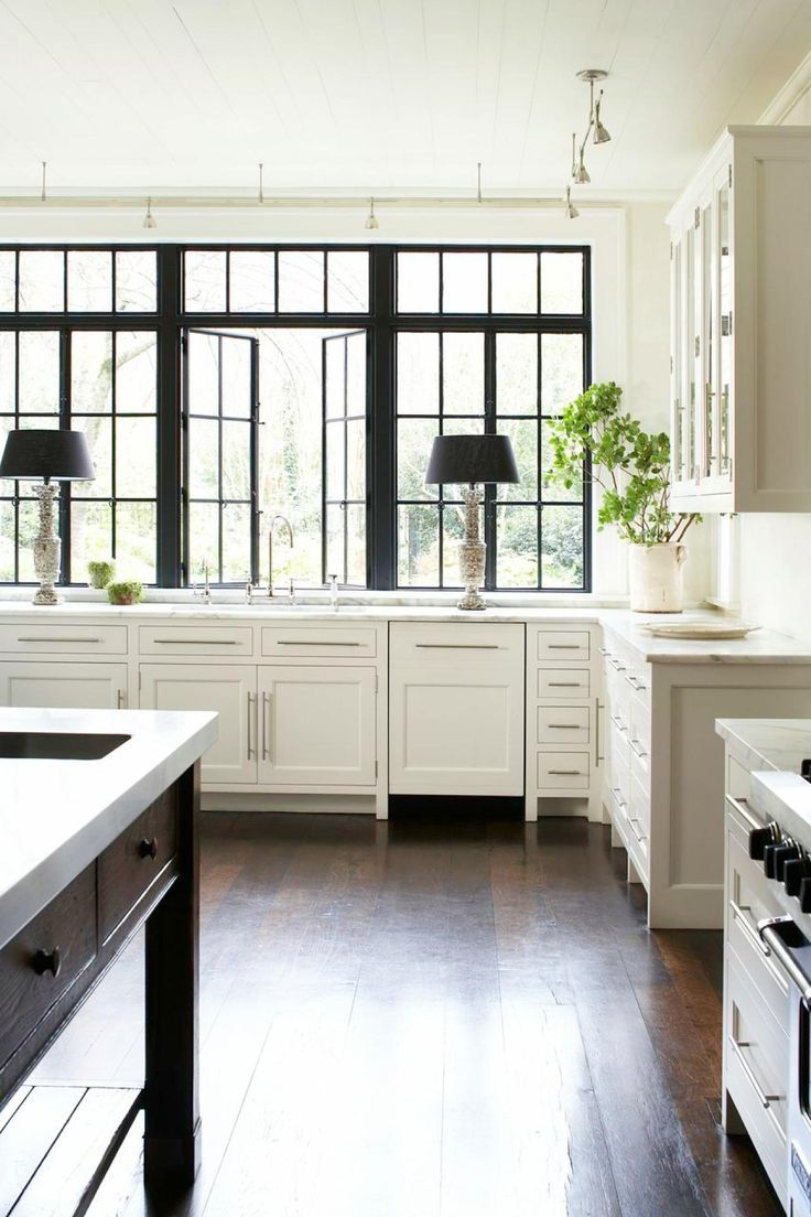 30 Spectacular White Kitchens With Dark Wood Floors Kitchen Design