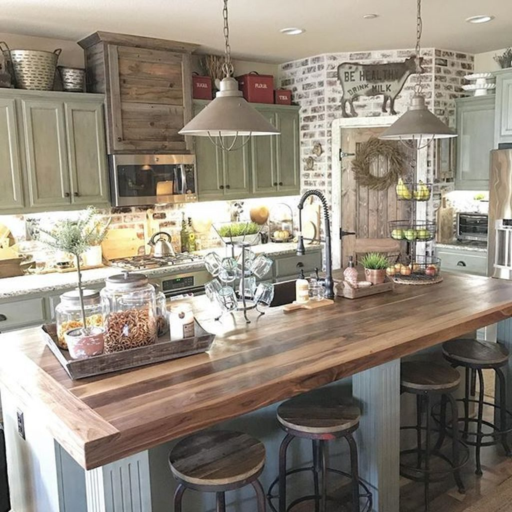 38 Stunning Kitchen Decoration Ideas With Rustic Farmhouse Style