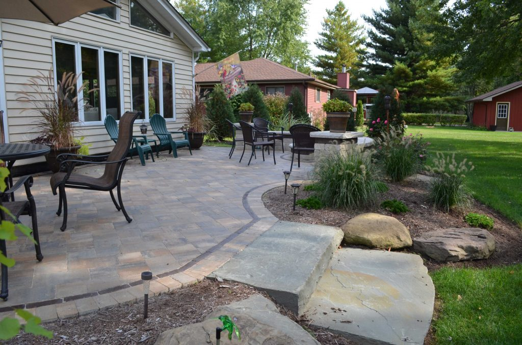 4 Reasons To Replace Wood Deck With Paver Patio Lombard