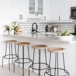 50 Minimalist Bar Stool Ideas For Small Kitchen Bar Elonahome