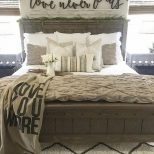 70 Beautiful Farmhouse Master Bedroom Decor Ideas Home Sweet Home