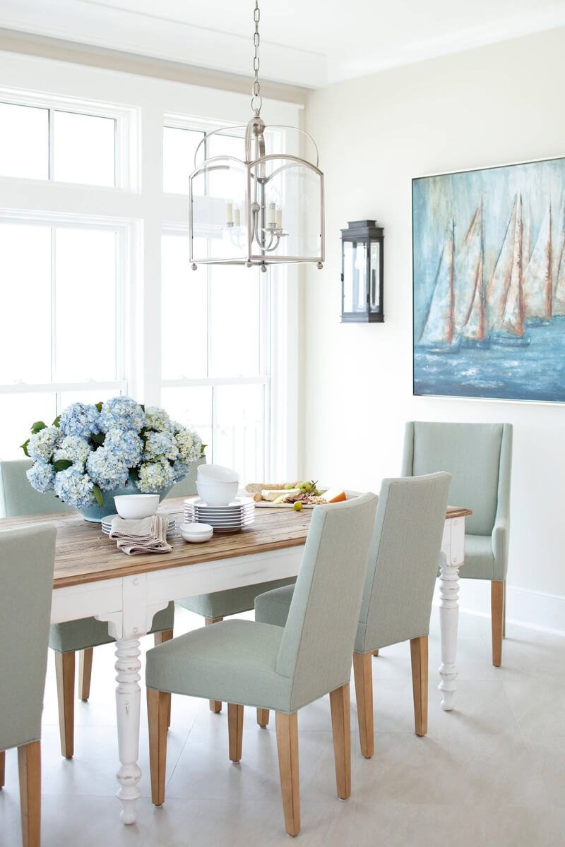 A Dining Space For A Coastal Cottage Entertaining At The Coast In