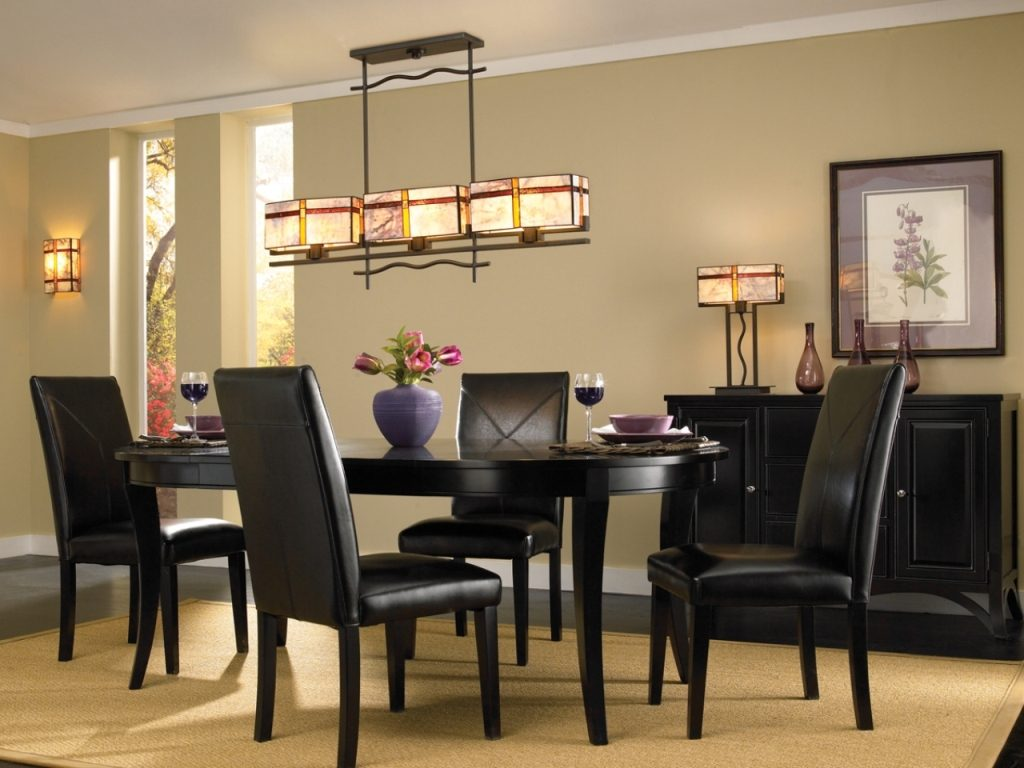 A Linear Chandelier Dining Room Design Rooms Decor And Ideas