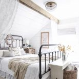 Amazing Ideas To Convert Room Into Farmhouse Bedroom Style Home