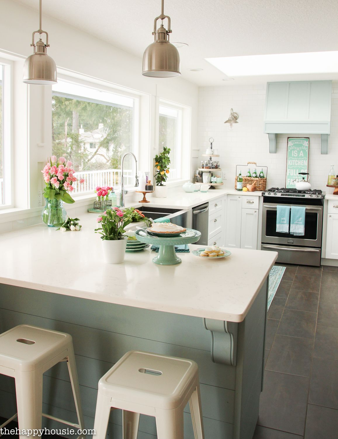 Coastal Cottage Style Spring Kitchen Tour K I T C H E N Beach