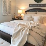 Cottage Master Bedroom Decorating Ideas