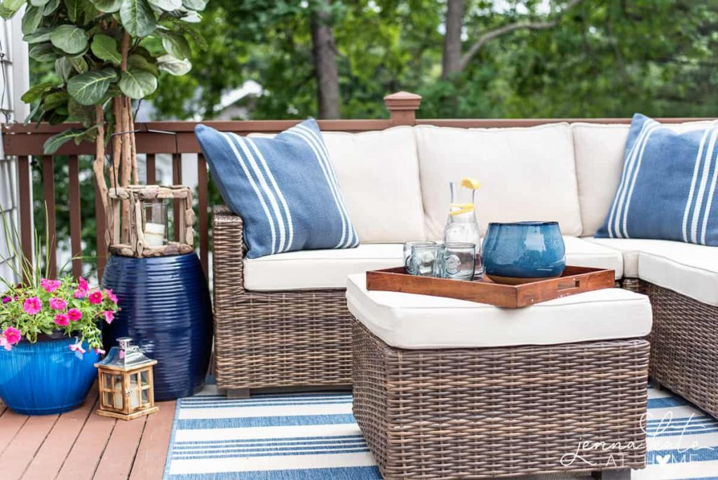 Decorating Ideas For A Small Deck Tips For Creating A Backyard Oasis
