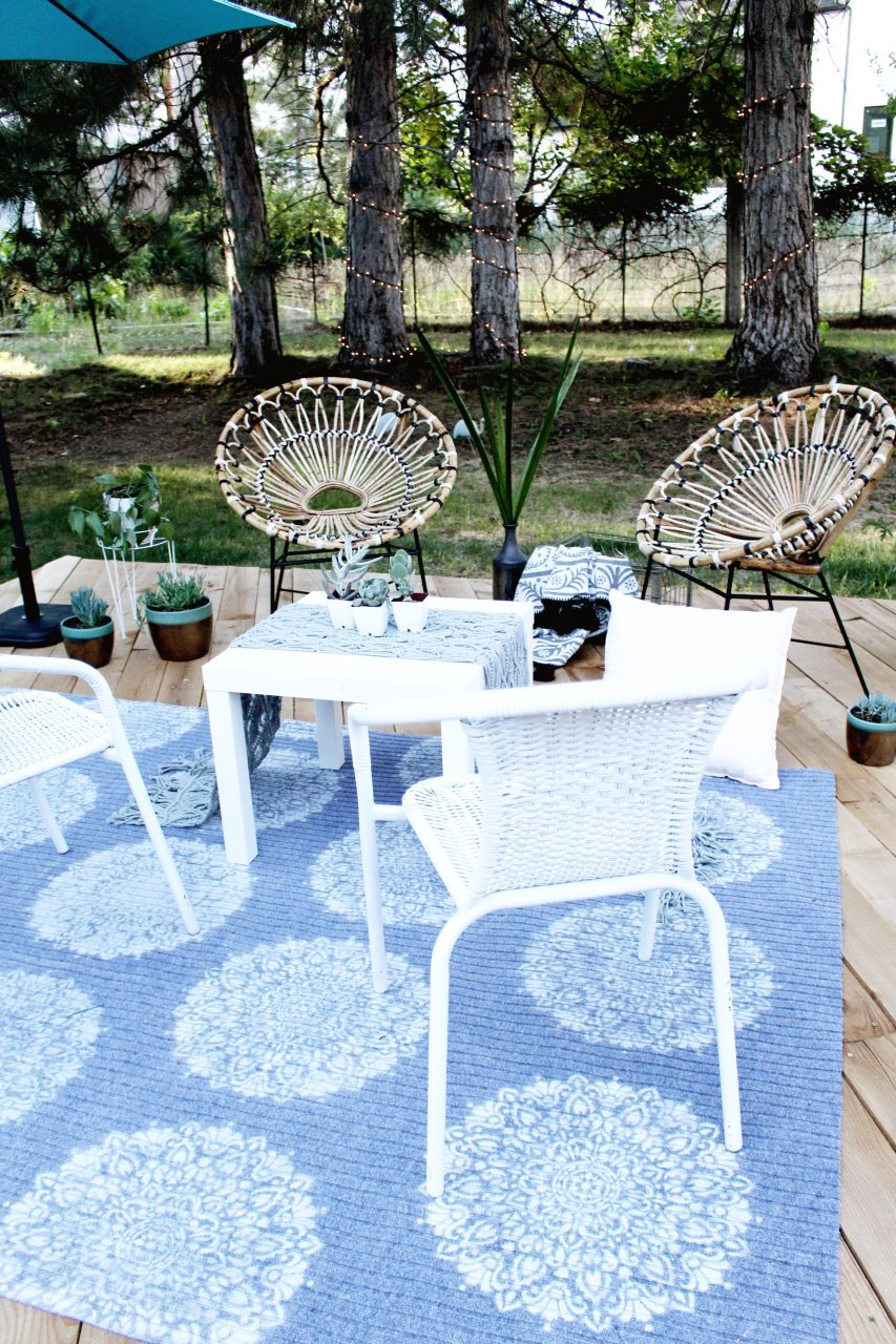 Diy Outdoor Rug With Spray Paint And Stencil Revolution A Joyful Riot