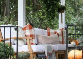 Outdoor Patio Decorating Ideas for Fall