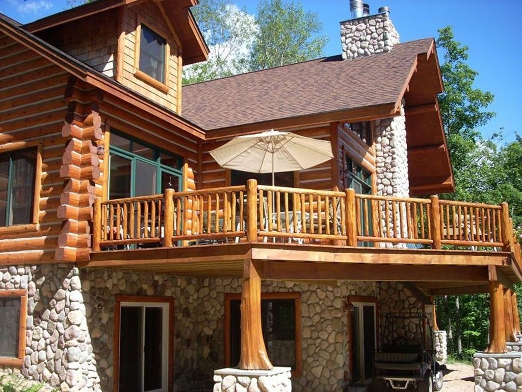 Image Result For Cedar Deck Designs Log Cabin Cabin Deck Railings