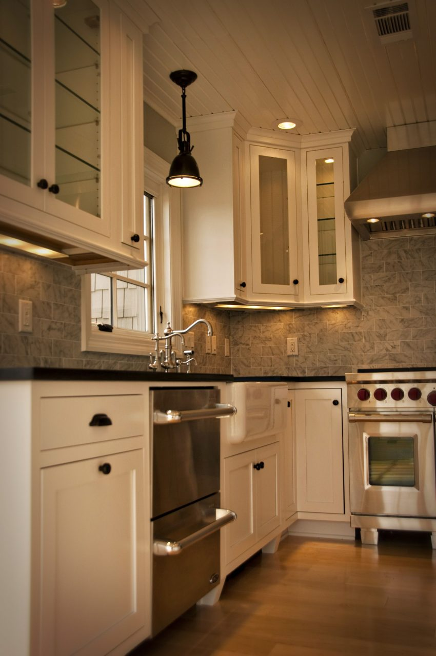 Inset Cabinet Doors In A Shaker Style Create An Authentic Farmhouse