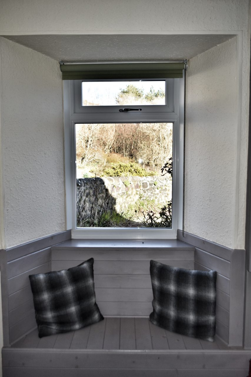 Killiechronan Kitchen Window Seat Self Catering Holiday Cottages