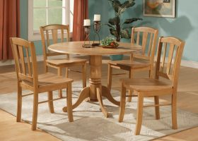 Oak Kitchen Tables and Chairs Sets