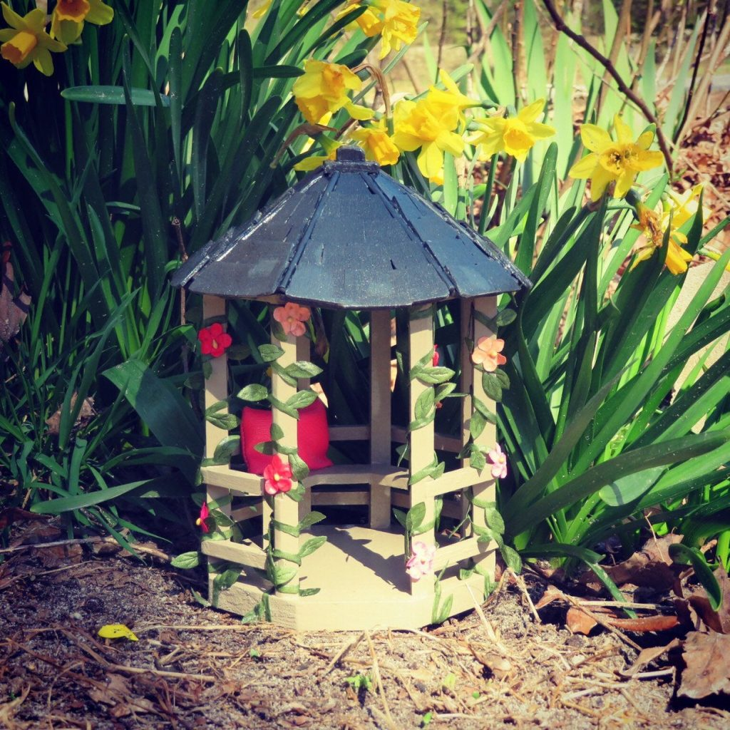Miniature Gazebo For Fairygarden Dollhouse Diorama Home Decor Wooden