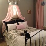 Crown Curtain Canopy Bed