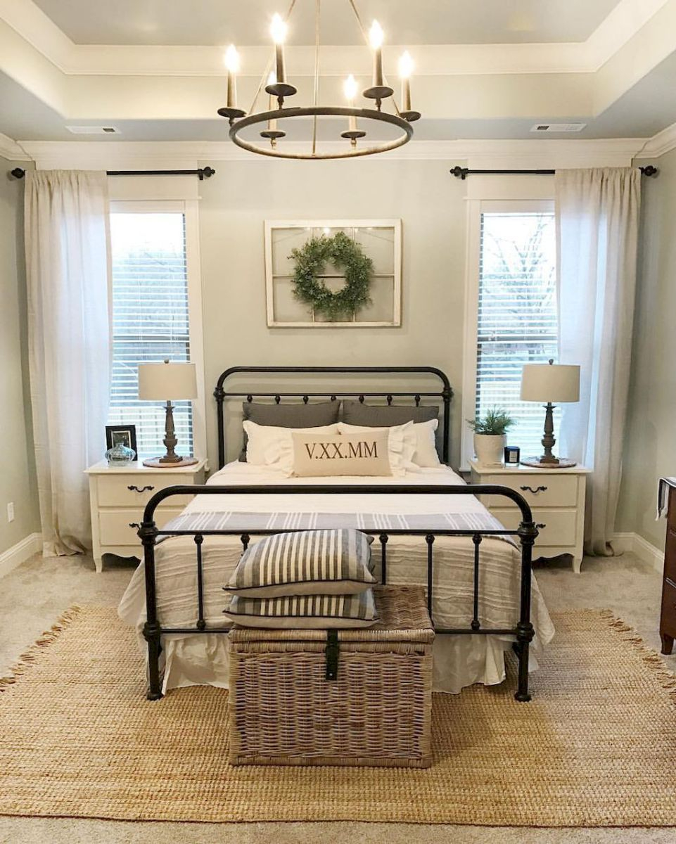 Rustic Farmhouse Style Master Bedroom Ideas 11 Rustichomedecor