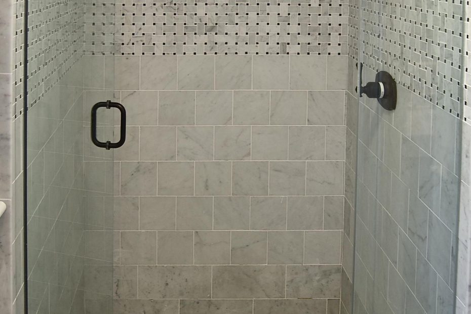 Shower Stalls For Small Bathroom Tile Bathroom Small Bathroom