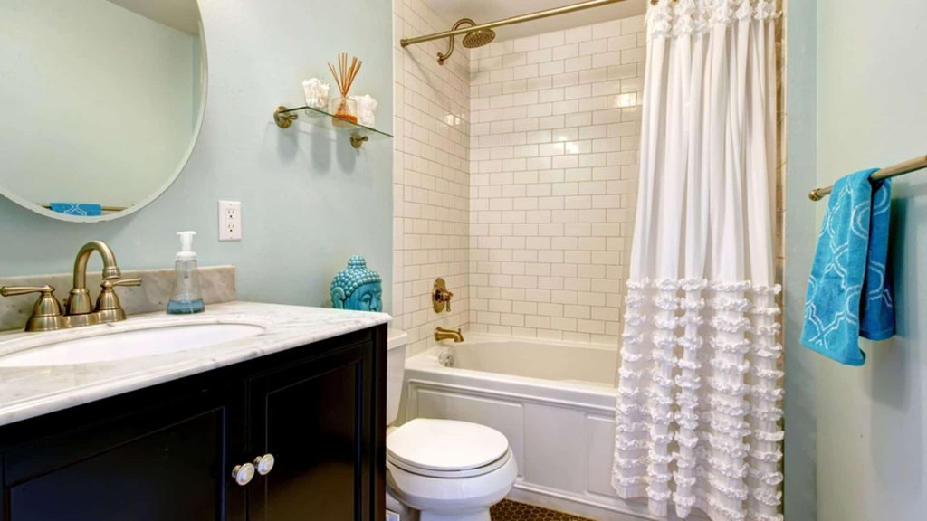 Small Bathroom With Ruffle Shower Curtain Cleaning Ways For