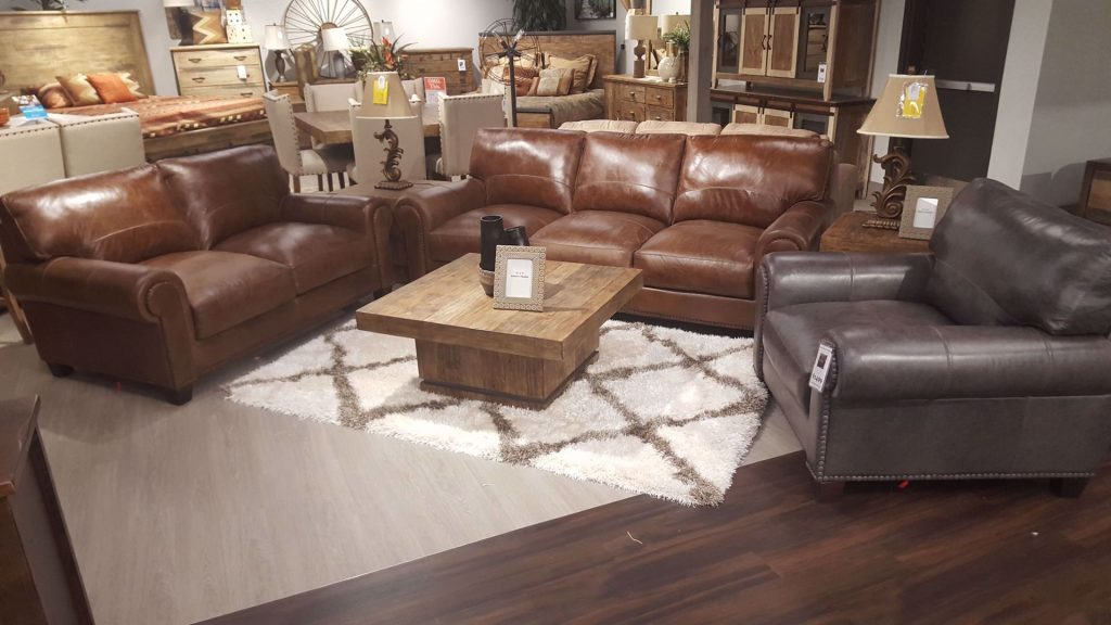 Splendora Tan Leather Living