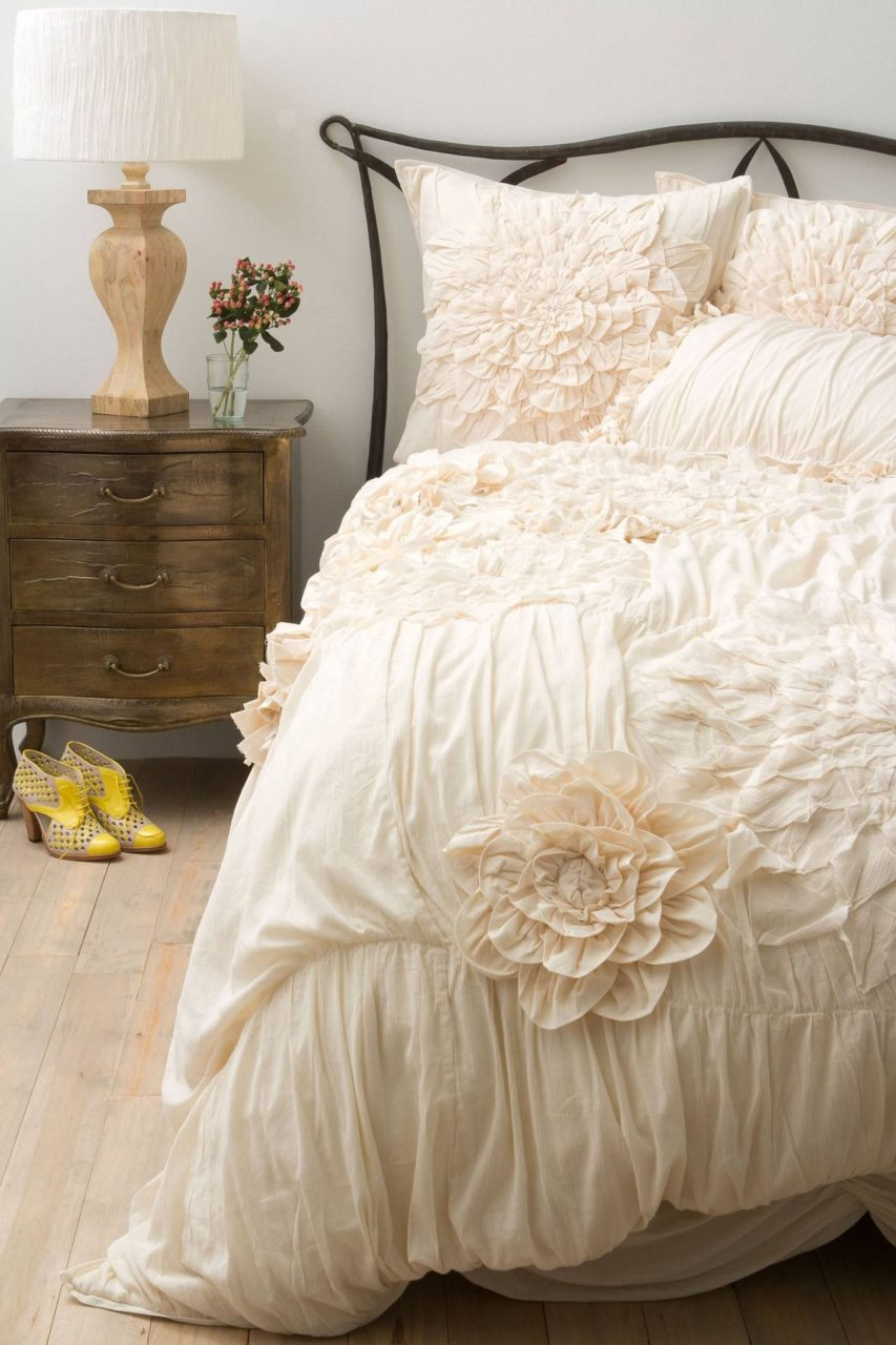 Summer Bedding To Brighten Your Bedroom Bedding Anthropologie