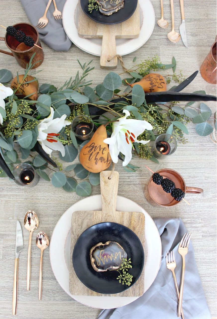 The 20 Prettiest Thanksgiving Table Ideas To Steal This Year