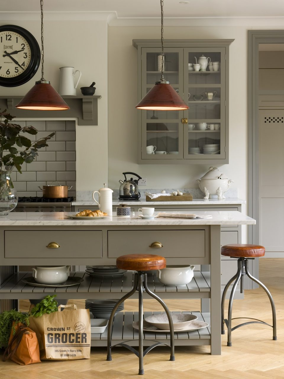 The Industrial Style Kitchen Tips For Lighting And Dcor
