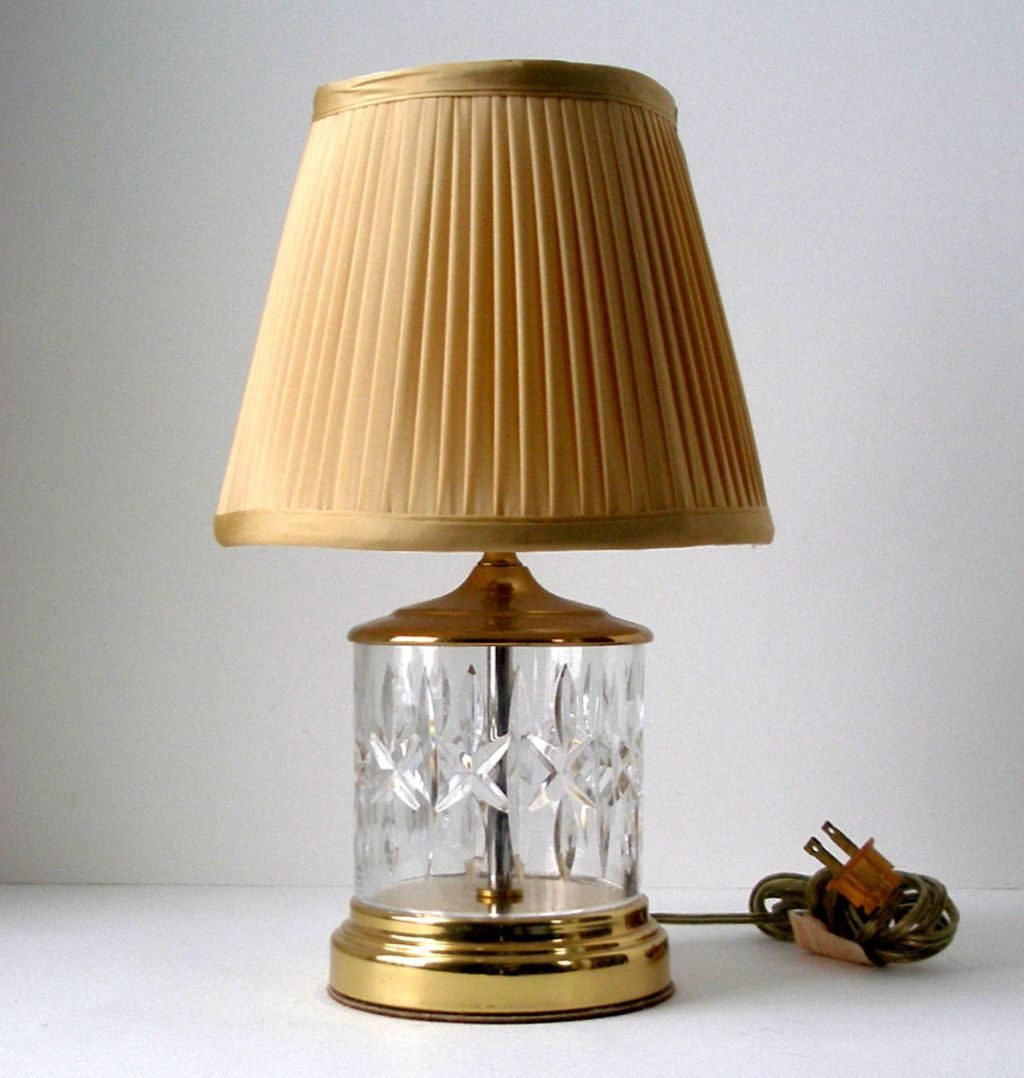 Vintage Living Room With Waterford Crystal Fillable Table Lamps And