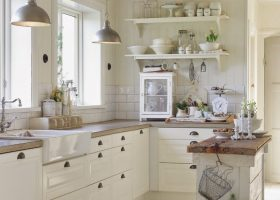 Farmhouse Cottage Kitchens White