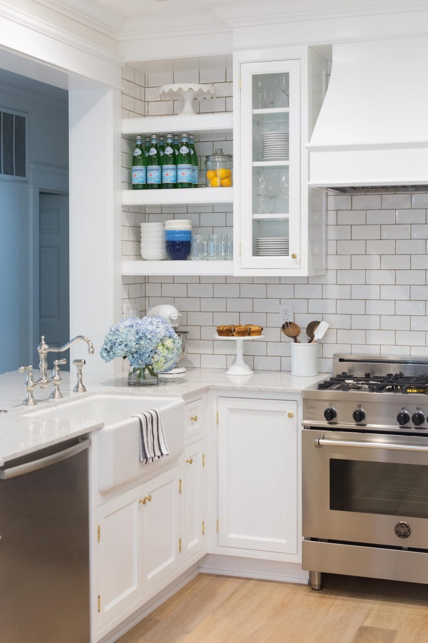 White Kitchen Open Shelving Sapphire Diaries Kitchen Kitchen