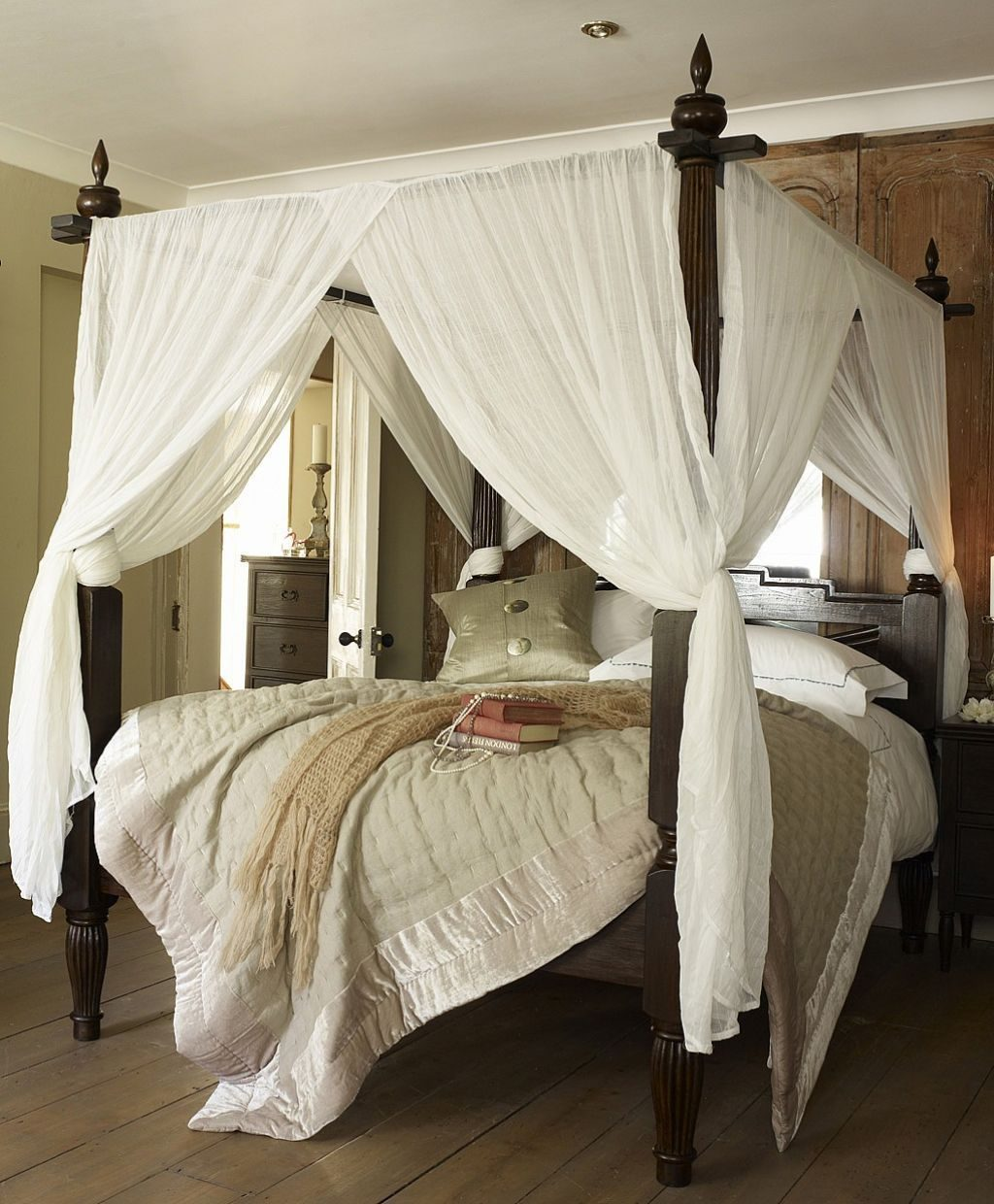 Wooden Canopy Bed With White Curtains In 2019 Decor Canopy Bed